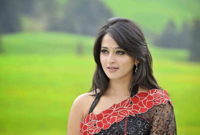 Anushka Shetty Top Most Popular Beautiful Indian Women 2018