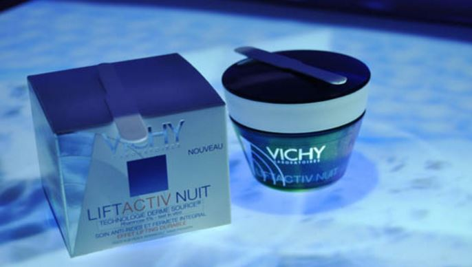 Vichy LiftActiv with Rhamnose Night