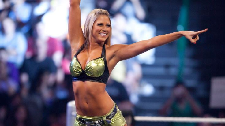 Kelly Kelly Top Most Popular Hottest Women Wrestlers in 2018