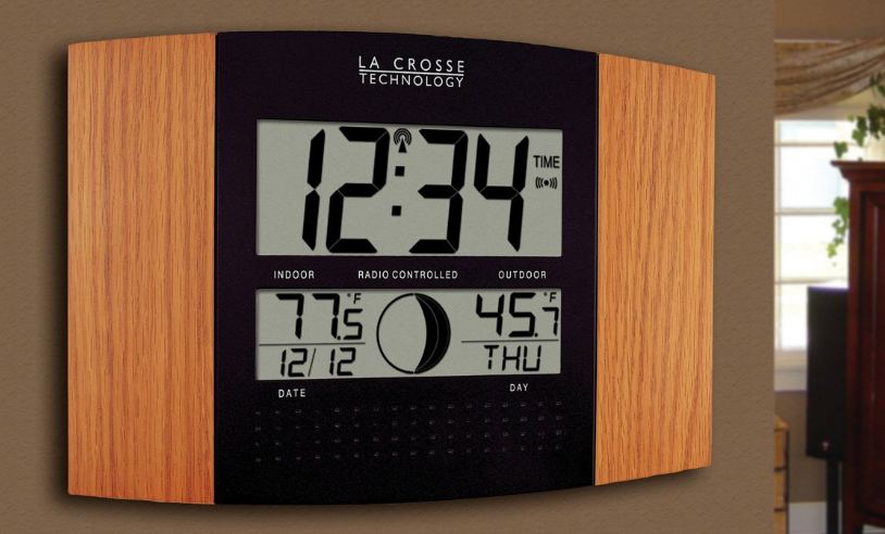 La Cross Atomic Digital Clock With Moon Dual In-and –Outside temperature