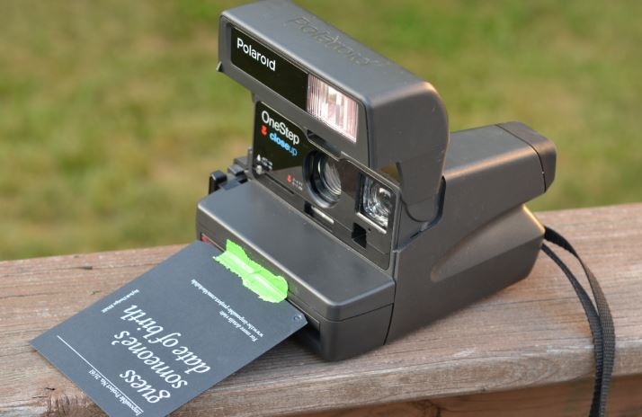 Polaroid One-Step 600 Instant Camera Top Famous Selling Polaroid Cameras 2019