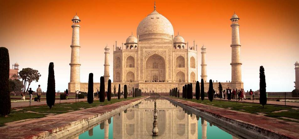 Taj Mahal Top Most Popular Historical Places-Monuments in India 2018